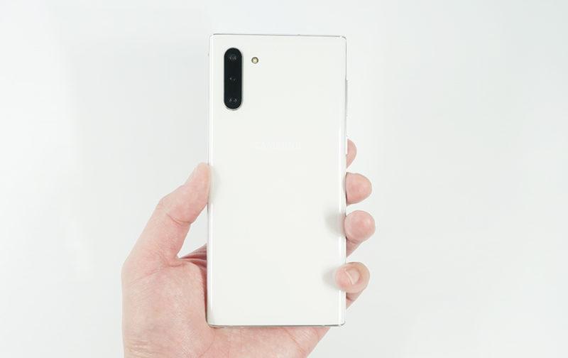 Galaxy Note10はコンパクトなサイズ感が魅力