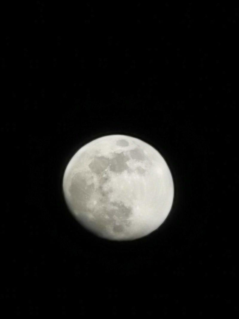 HUAWEI P30 Proで撮影した月