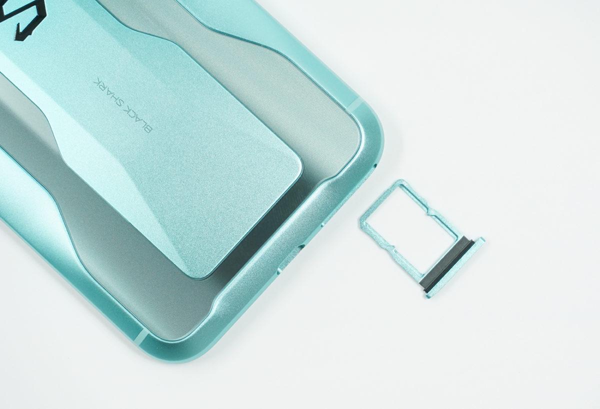 microSDカード非対応